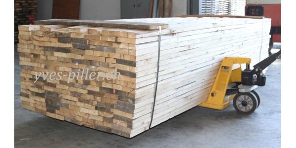 planches d lign es vieux bois 2. Black Bedroom Furniture Sets. Home Design Ideas